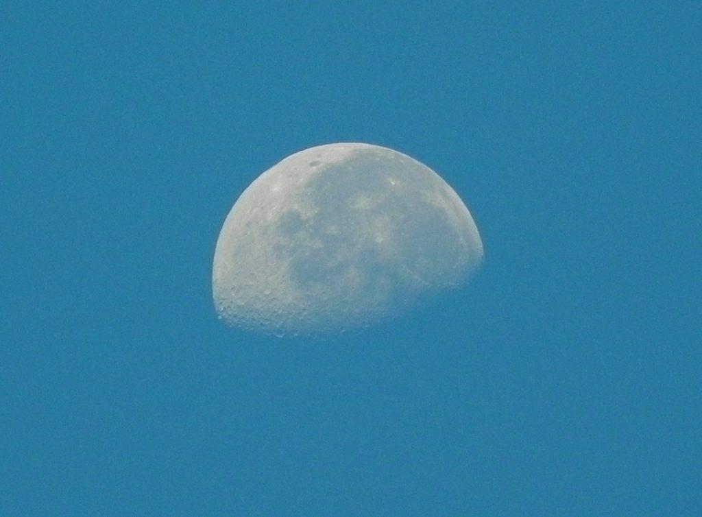 Immagine della luna alle isole Baleari