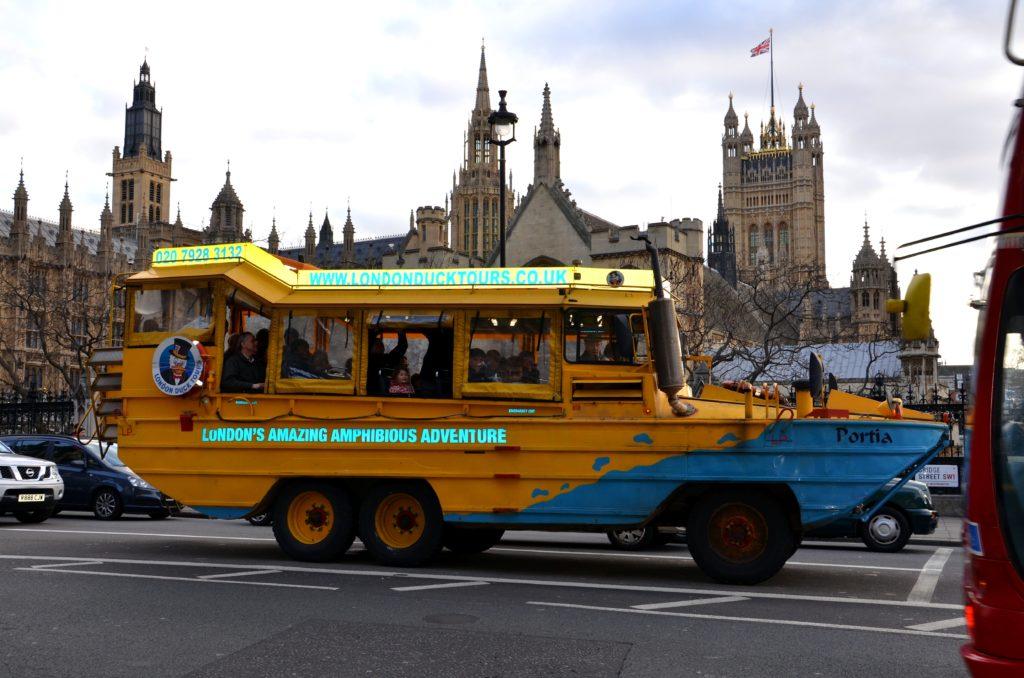 Londra si può girare anche con dei mezzi un po particolari