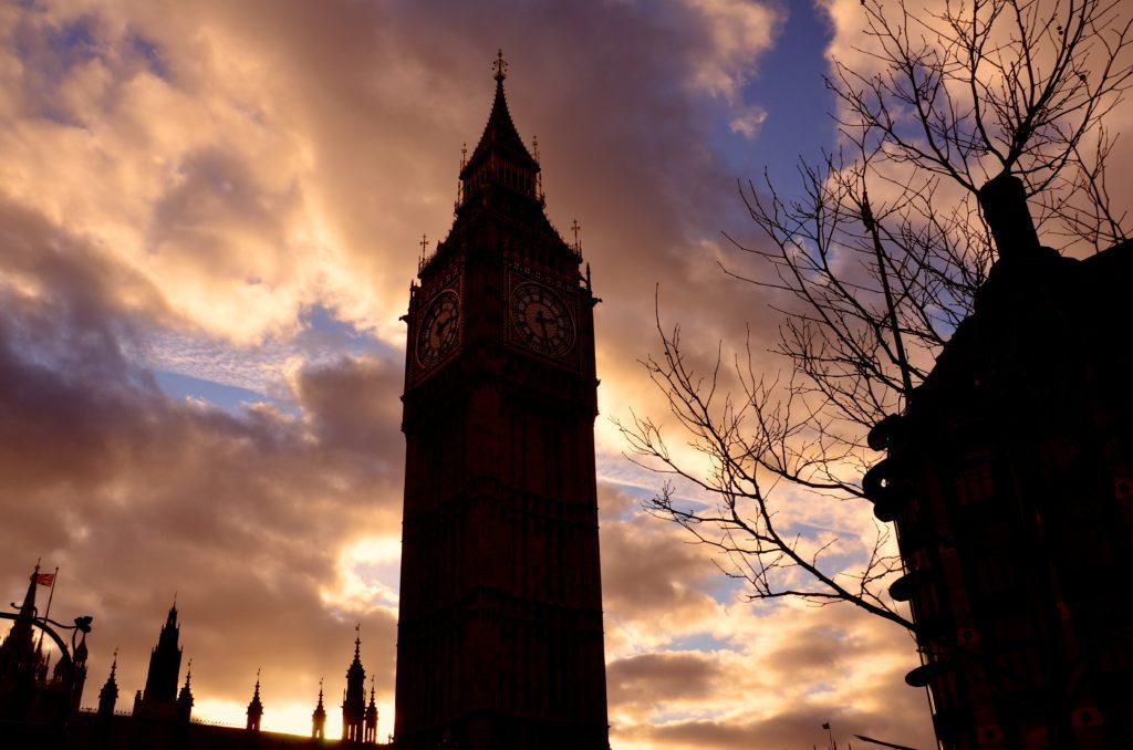 Il Big Ben è il simbolo e l'immagine di Lontra nel mondo