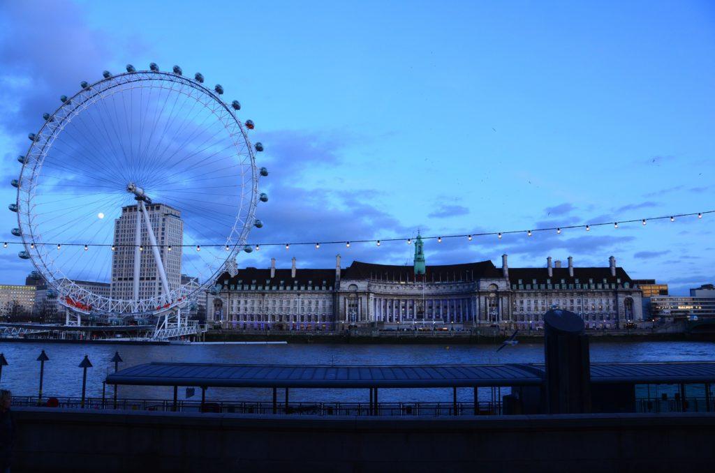 Il London Eye una delle principali attrazioni di Londra.