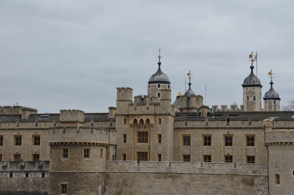 Uno dei castelli più famosi della capitale situato sulla riva nord del Tamigi