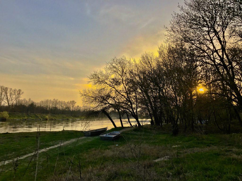 Foto tramonto nel paesaggio del Parco Naturale del Ticino