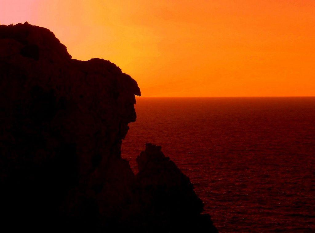 Da questa foto puoi ammirare i più suggestivi tramonti di Minorca